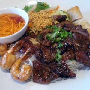le-mekong-vietnamese-10900-medlock-bridge-rd-johns-creek-ga-pork-shrimp-egg-roll-vermicelli