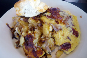 west-egg-cafe-1168-howell-mill-road-atlanta-ga-pimiento-cheese-bacon-omelette