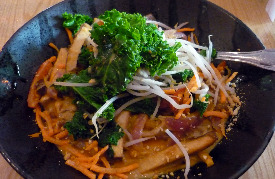 cafe-sunflower-5975-roswell-road-sandy-springs-ga-spicy-pad-thai-noodles