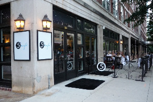 5th-street-cafe-800-peachtree-street-atlanta-ga-sidewalk-dining