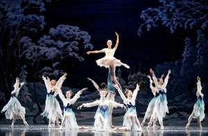 Atlanta-Ballet-Nutcracker-Snow-Queen-Photo-by-c-McCullers-december-2010