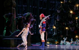 Atlanta-Ballet-Nutcracker-rat-nutcracker-marya-Photo-by-c-McCullers-december-2010
