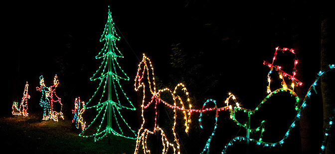 #312 – Magical Nights of Lights at Lake Lanier Islands Resort – Festive Light Displays, Holiday Village, and Santa! Through December 30, 2010