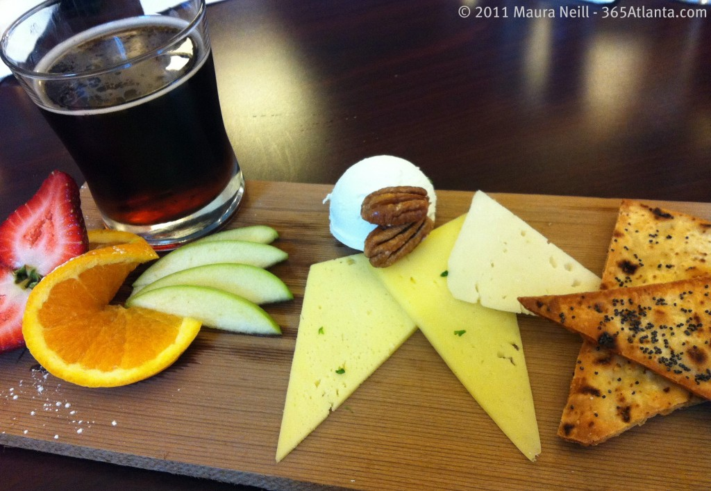 hotel-indigo-683-peachtree-street-ne-atlanta-ga-midtown-artisan-local-cheese-plate