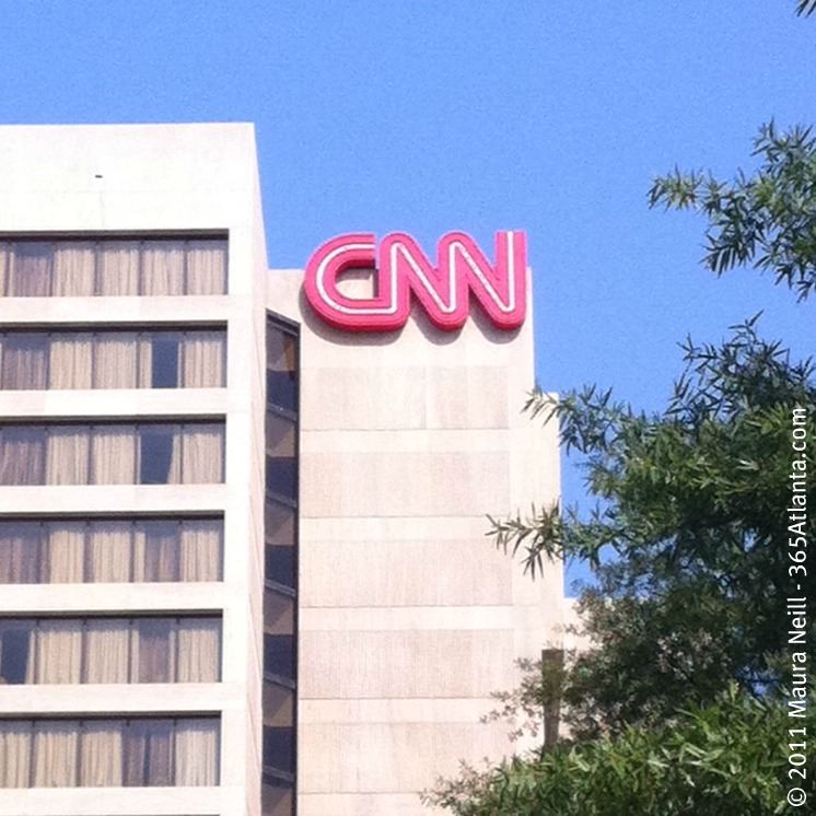 Take the Inside CNN Studio Tour for a Behind-the-Scenes Look at the Exciting World of Live Broadcast News!