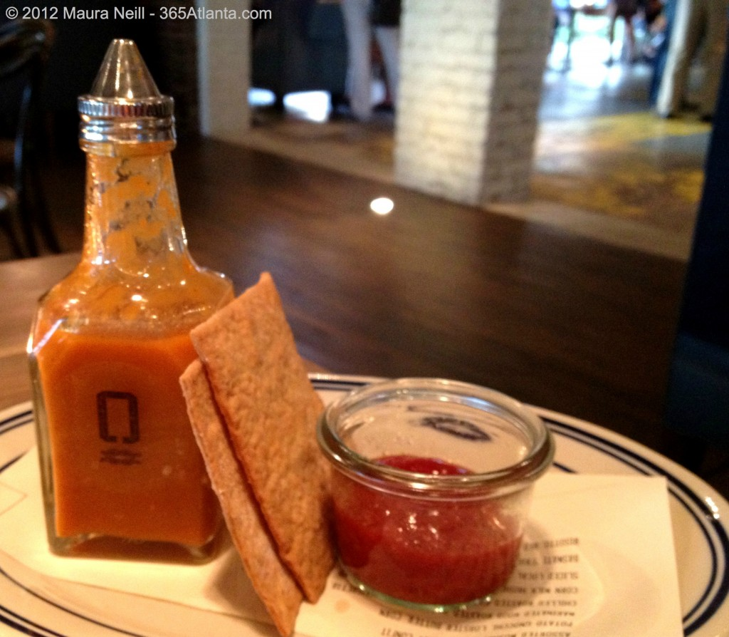 optimist-914-howell-mill-road-atlanta-ga-chef-ford-fry-housemade-hot-sauce-crackers