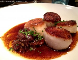 optimist-914-howell-mill-road-atlanta-ga-chef-ford-fry-garlicky-tiny-clams-pork-bellymaine-scallops-oxtail-marmalade