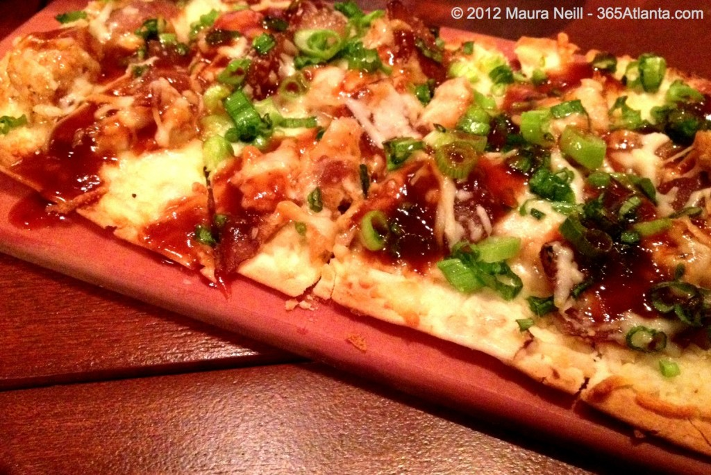 seasons-52-90-perimeter-center-west-dunwoody-atlanta-ga-barbecue-bbq-chicken-flatbread